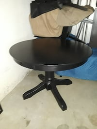 Table and Chairs Indio