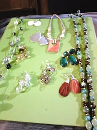 Assorted jewelry New Haven, 63068
