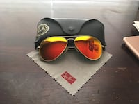 Ray Ban aviators  Long Beach, 90813