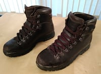 LL Bean Women's Gore-Tex Cresta Hiking Boots, Lightly Used Washington
