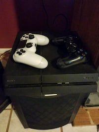 Sony PS4 console with controller Mesa, 85204