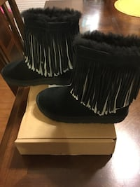 Girls Boots, Ugg and Coach Waldorf, 20601