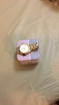Fossil gold watch Calgary, T2J 3T5