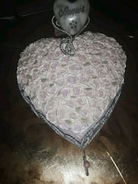 I have a very nice heart shaped jewelry box.  Albuquerque, 87108