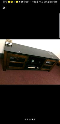 TV stand like new  Dearborn