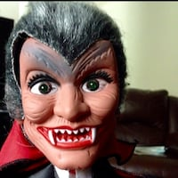 16 inches Halloween Dracula figure Columbia, 21044