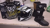 Like new Fox racing equipment. Helmet, boots, chest protector, elbow pads, gloves and MSR royal blue outfit Aldie, 20105