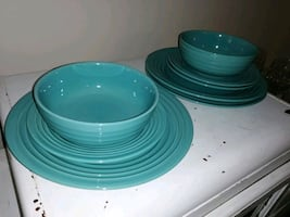 Mint/Aqua Dish Set 16 piece -missing one dinner plate out of 4