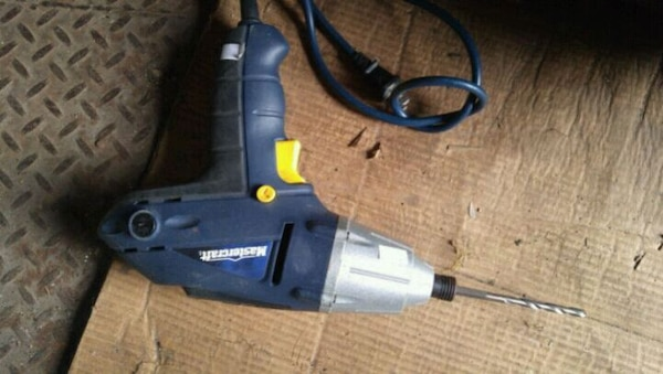 Drill holds bits newer offers london$20 5c41163c-05d1-4eed-be8b-0a5e582f474c