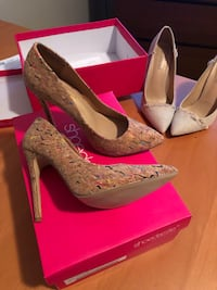 Pair of Cork pointed-toe pumps size9 Richmond, V7A 3N6