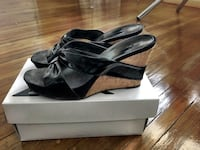 black leather open toe cork wedges size 10 Los Angeles, 90068