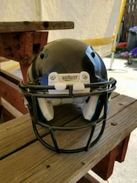 black and white Riddell football helmet Ontario, 91764