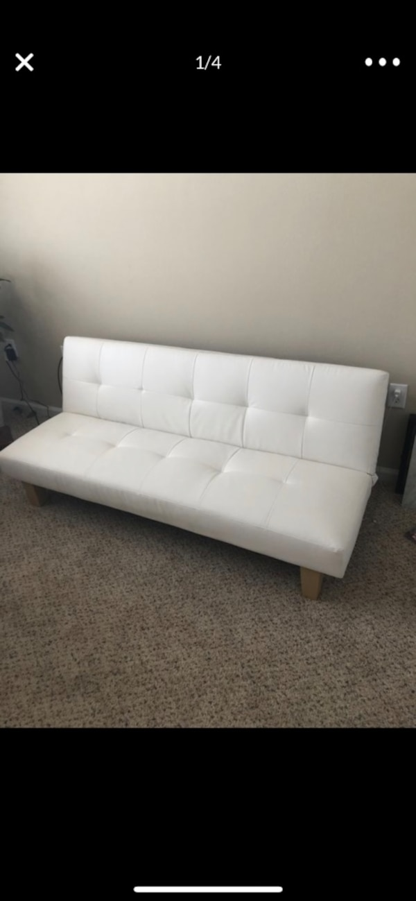 Used White Leather Tufted Sofa For Sale In Raleigh Letgo