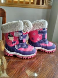 toddler's pink-and-blue boots Kitchener, N2R 1L3