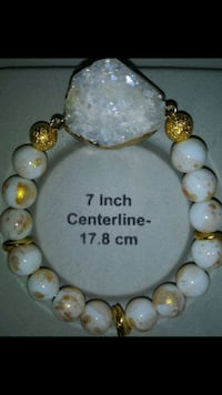 white and yellow beaded necklace Chino, 91710