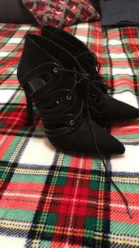 Never Worn 6.5 booties Williamsport, 17702