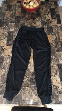 Medium-Small black sweat/track pants with mesh side Ottawa, K4M 8R5