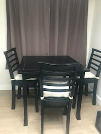 High top table with 3 chairs