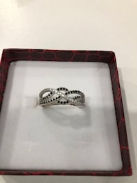 Sterling silver white/ black CZ ring Keswick, L4P 3P2