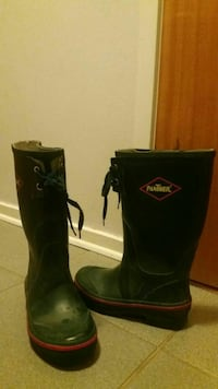 pair of green Panther rain boots Gothenburg, 409 63