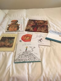 three assorted books and two assorted books Rosemère, J7A