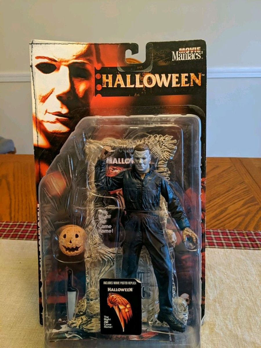 Photo 1999 MCFARLANE MICHAEL MYERS 7 INCH FIGURE WITH ACCESSORIES