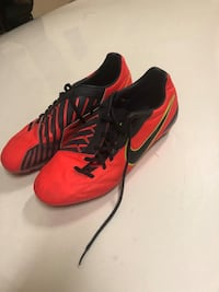Nike Soccer cleats size 11.5 Houston, 77008