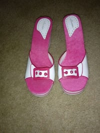 Pink Barbie heels size 10 Lincoln, 68521