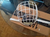 Easton E700 Hockey Facemask Cage Medium White Toronto