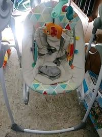 baby's white and gray swing chair Laurel, 20723