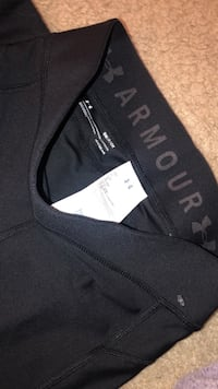 Armour Women work out pants Small Germantown, 20874