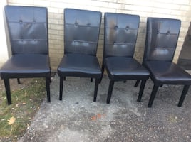 4 dining's chair,excellent condition.