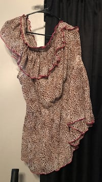 women's brown and white floral dress Bakersfield, 93311