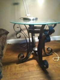 """End table 24""""wide 21""""tall Wichita, 67208"""