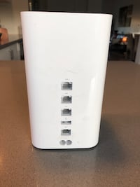Apple AirPort Extreme  New Westminster, V3M
