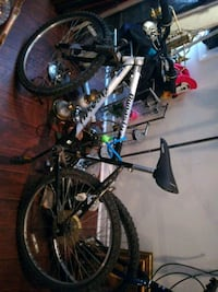black and gray hardtail mountain bike Welland, L3B 5N5
