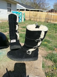 Uggs sz 4 women's super cute boots
