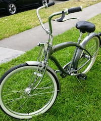 black and white cruiser bike Anaheim, 92802