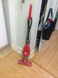Red dirt devil vacuum cleaner. Perfect condition. Chester Springs, 19425