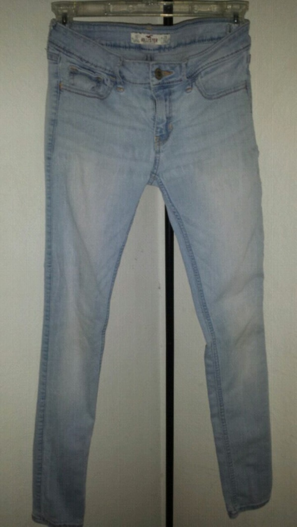 a32f095ef43f7 Used Hollister Super Skinny Jeans for sale in Virginia Beach - letgo