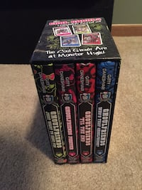 several Ghoulfriends Monster High books