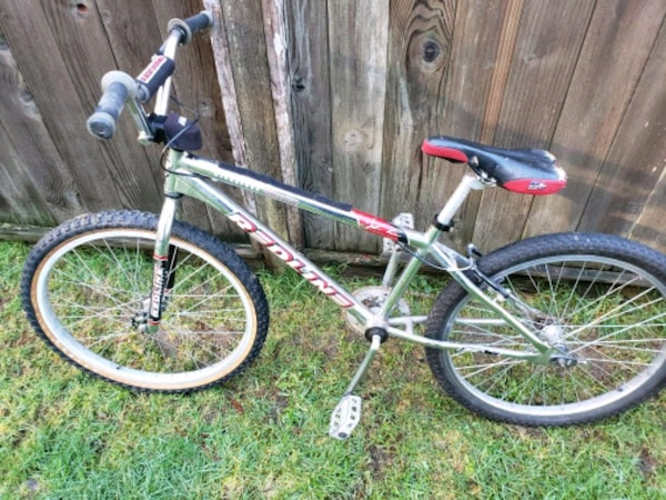 038caab49b0 Used 24 Redline Bicycle For Sale In Port Orchard Letgo