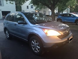 Very Clean and Well maintained Honda CR-V 2008
