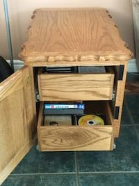 Solid Oak Custom Made End Tables and Matching Stereo Stand Maple Ridge, V2W 0A6