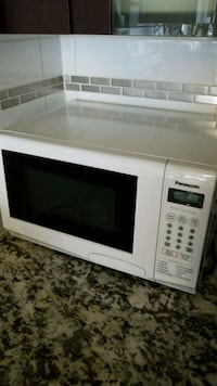 White Panasonic Microwave Richmond, V6Y 2B6
