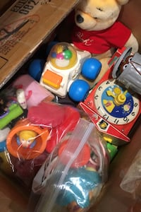 Box of Vintage Toys Herndon, 20170