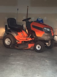 red and black ride-on mower Ijamsville, 21754