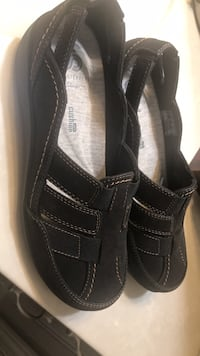clarks ckoudsteppers brand new never worn size 51/2 paid 90 Sterling Heights, 48313