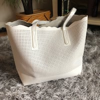 WHITE CLASSY LEATHER TOTE BAG Fairfax, 22033