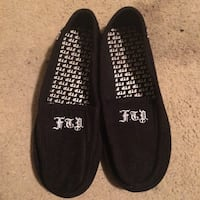 Pair of black FTP low-top slippers Rohnert Park, 94928